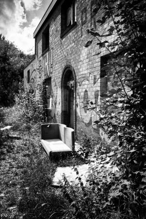 Extérieurs de maison abandonnée